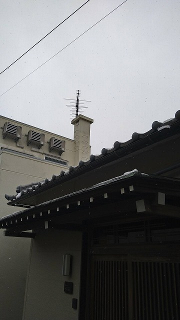小松市小寺町で玄関ポーチの屋根の現場調査に行きました
